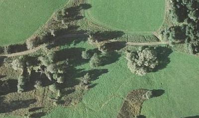 Zaniklá Havranka, přes níž se z Horní Vltavice chodívalo na pouť do Kunžvartu, na leteckých snímcích z let 1952 a 2008