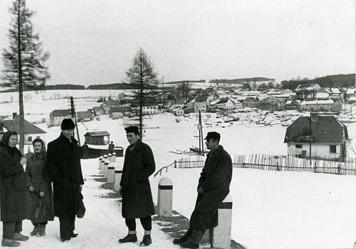 Takto vyhlížela Frýdava na snímku z konce padesátých let před zatopením přehradním jezerem