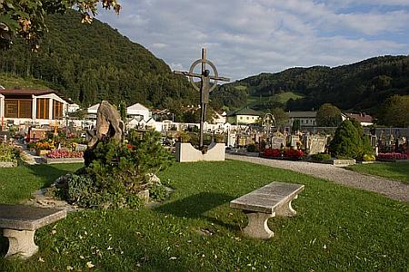 Hřbitov v hornorakouském městysy Ternberg, kde žila a zemřela