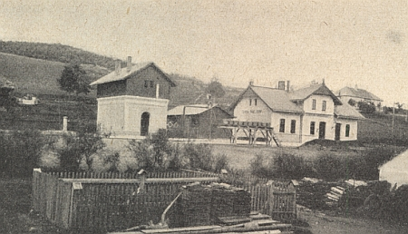 Nádraží v Polné v roce 1895...