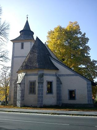 Dnešní (2012) pohled na kostel na Libínském Sedle