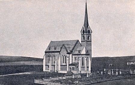 ... a nový farní kostel sv. Jana Nepomuckého v Zálesní Lhotě, vysvěcený roku 1884 a stojící dodnes