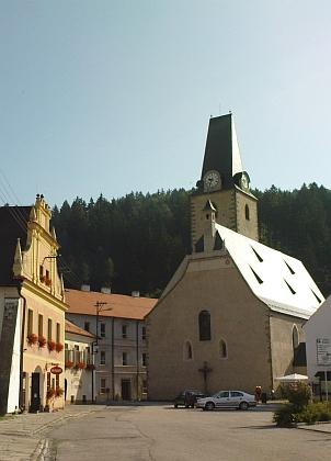 Farní kostel sv. Mikuláše v Rožmberku nad Vltavou