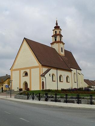 Kostel sv. Mikuláše a fara v Ševětíně