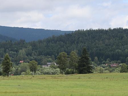 Pohled na Houžnou od Vlčích Jam v roce 2021