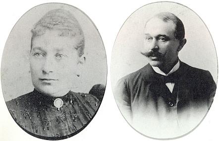 """Jeho židovská matka si ze svého prvního manželství přivedla sedm dětí, Johannes byl tedy její osmé dítě - zemřela, když mu byly čtyři roky; otec byl úředníkem u dráhy a byl """"nacionálně přesvědčený Němec"""""""