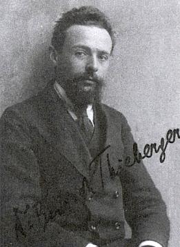 Její bratr Friedrich Thieberger, šéfredaktor časopisu B'nai B'rith (Synové smlouvy), známý i jako Kafkův učitel hebrejštiny, tu je na snímku podepsán českou podobou svého jména