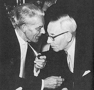 On a Werner Bergengruen na zasedání Německé akademie pro jazyk a literaturu v roce 1957