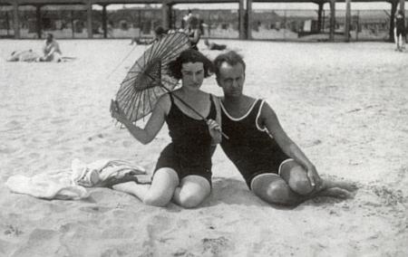 Se svou ženou Evou Segaljevičovou (ps. Eva German) na dvou společných snímcích