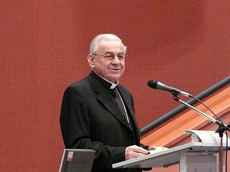 Při proslovu u příležitosti jmenování čestným členem České archivní společnosti v roce 2007
