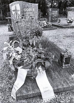 Její čerstvý hrob v Oftersheimu