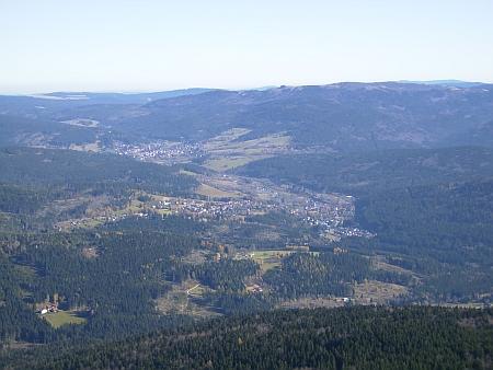 Železnorudsko při pohledu z hory Javor na snímku z roku 2008...