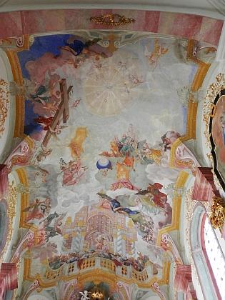 Výmalba klenby presbytáře zlatokorunského klášterního kostela