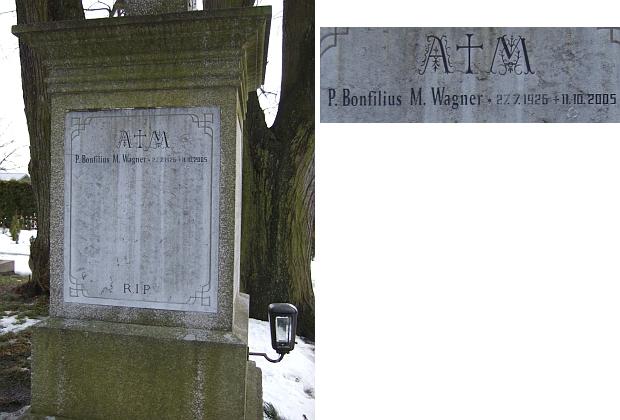 Jeho jméno a datum narození a úmrtí na náhrobku v Nových Hradech