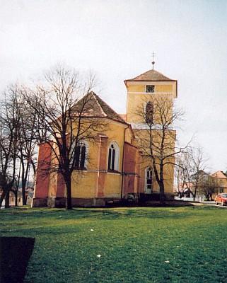 Kostel Ducha svatého v rodných Všerubech u Plzně
