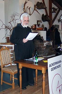 Během slavnostního shromáždění k 60. výročí Ackermann-Gemeinde