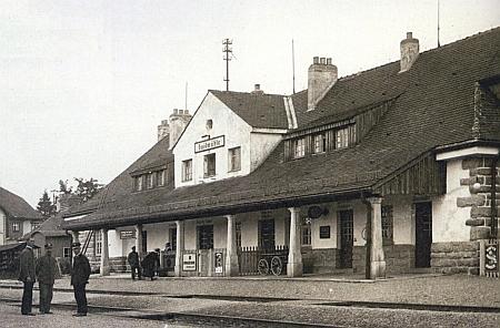 Nádraží v Haidmühle na staré pohlednici