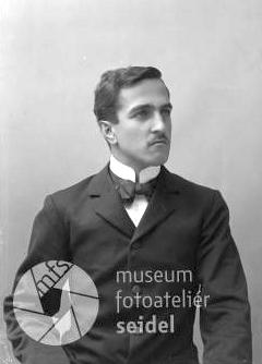 Na snímku z českokrumlovského fotoateliéru Seidel z června roku1903