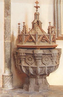 Gotická křtitelnice v kostele sv. Jiljí