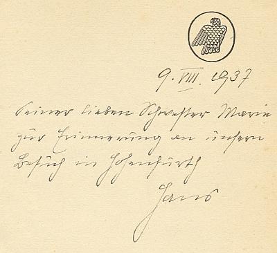 Rukopisné věnování románu Der Pfarrer von Dornloh, za který dostal Hans Watzlik československou státní cenu za literaturu, patří jí