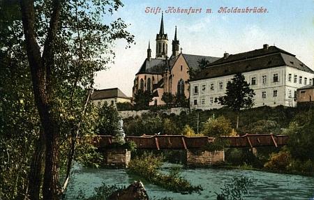Vyšebrodský most přes Vltavu na staré pohlednici z ateliéru Josefa Seidela