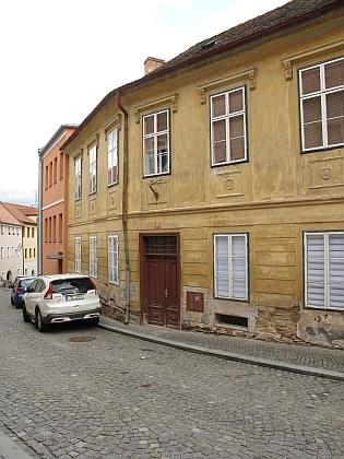 Dům čp. 159 v dnešní Neumannově ulici v Prachaticích, kde žil