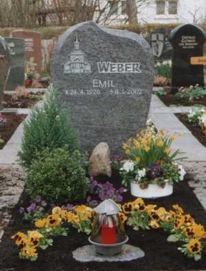 Hrob v Uhingen