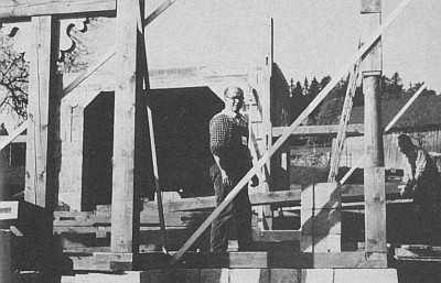 1. června 1984, kdy začínal se stavbou...