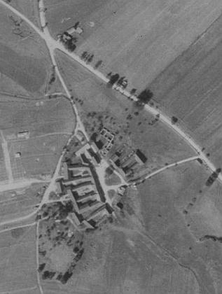 Rodné Střemily na leteckých snímcích z let 1952 a 2008