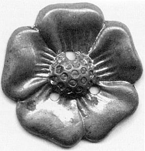 """Mosazná pětilistá růže byla odznakem Schlaraffia  """"des Reyches Budovicia"""""""