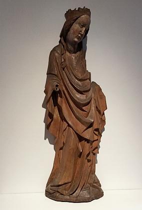 Gotická dřevěná Madona z Ktiši je dnes ve sbírkách českokrumlovského muzea
