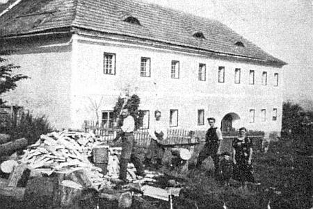 "Rodný dům čp. 7 ""Kulmbaun-Hof"" (viz i Vinzenz Wenhart)"