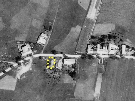 Rodný dům čp. 92 v Horní Plané v dnešní Švermově ulici na leteckém snímku z roku 1946 (na snímku z roku 1964 už dům nestojí)