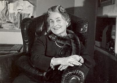 Jeho sestra Margarete, provdaná Hallederová, na dvou snímcích z různých období života