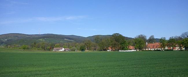 Pohled na Kleť od Štěkře u Zlaté Koruny, od Kravského vrchu nad Hořicemi a od Červeného Dvora