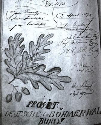 Kandidát filozofie Hans Weyde je tu podepsán mezi členy sdružení Deutscher Böhmerwaldbund vnávštěvní knize rozhledny na Kleti s dubnovým datem roku 1893 (nahoře vpravo)
