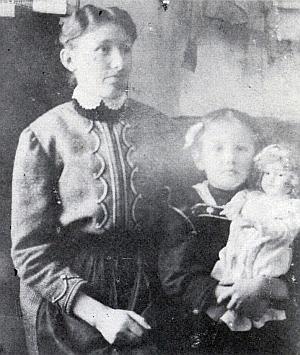 Jeho druhá žena Antonie s dcerou Elsou