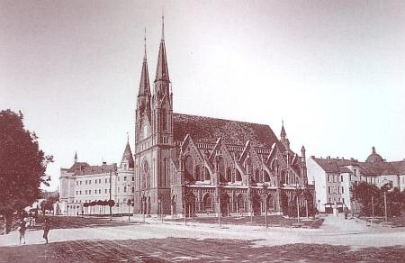 Českobudějovická synagoga (před rokem 1914, viz i Peter Becher, Jakob Fried a Israel Kohn)