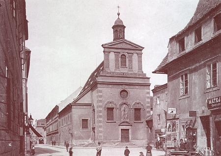 Kostel sv. Anny v Kněžské ulici (před r. 1914)
