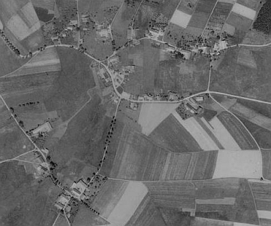 Starý a Nový Spálenec na leteckých snímcích z let 1950 a 2008