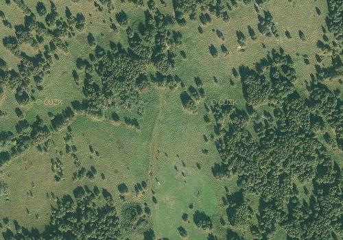 Rodné Břevniště na leteckých snímcích z roku 1947 a 2011 (viz i Sepp Hois)