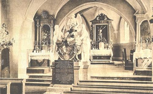 Kdysi sloužil k uložení ostatků členů rodu Windisch-Grätzových kostel sv. Václava v Tachově
