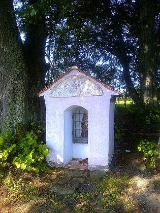 Opravená kaplička u rodné Pestřice (viz i Frieda Reisinger-Knöllová)