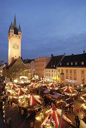 Vánoční trhy v jeho rodném Straubingu