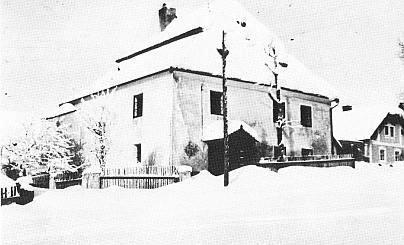 Nicovská fara s rodným domem