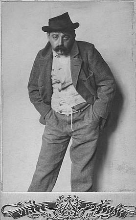 """Jako bezdomovec při psaní své reportáže o nich pro list """"Arbeiter-Zeitung"""" v roce 1902"""