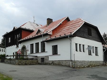 Stožecká škola na snímku z roku 2014