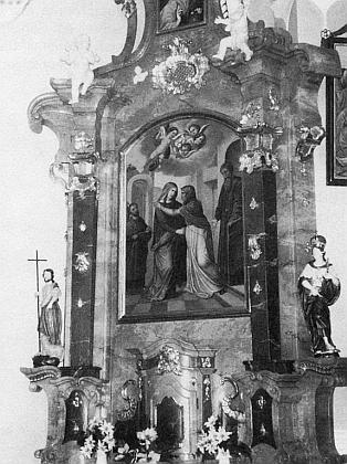 Detail bočního oltáře Navštívení Panny Marie v nemanickém kostele
