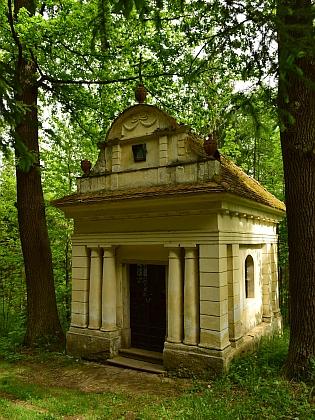Mariánská kaple na vrchu Dubík