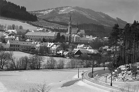 Šumavská zima v okolí Malšína na snímcích Josefa Seidela - Rožmberk nad Vltavou a Vyšší Brod